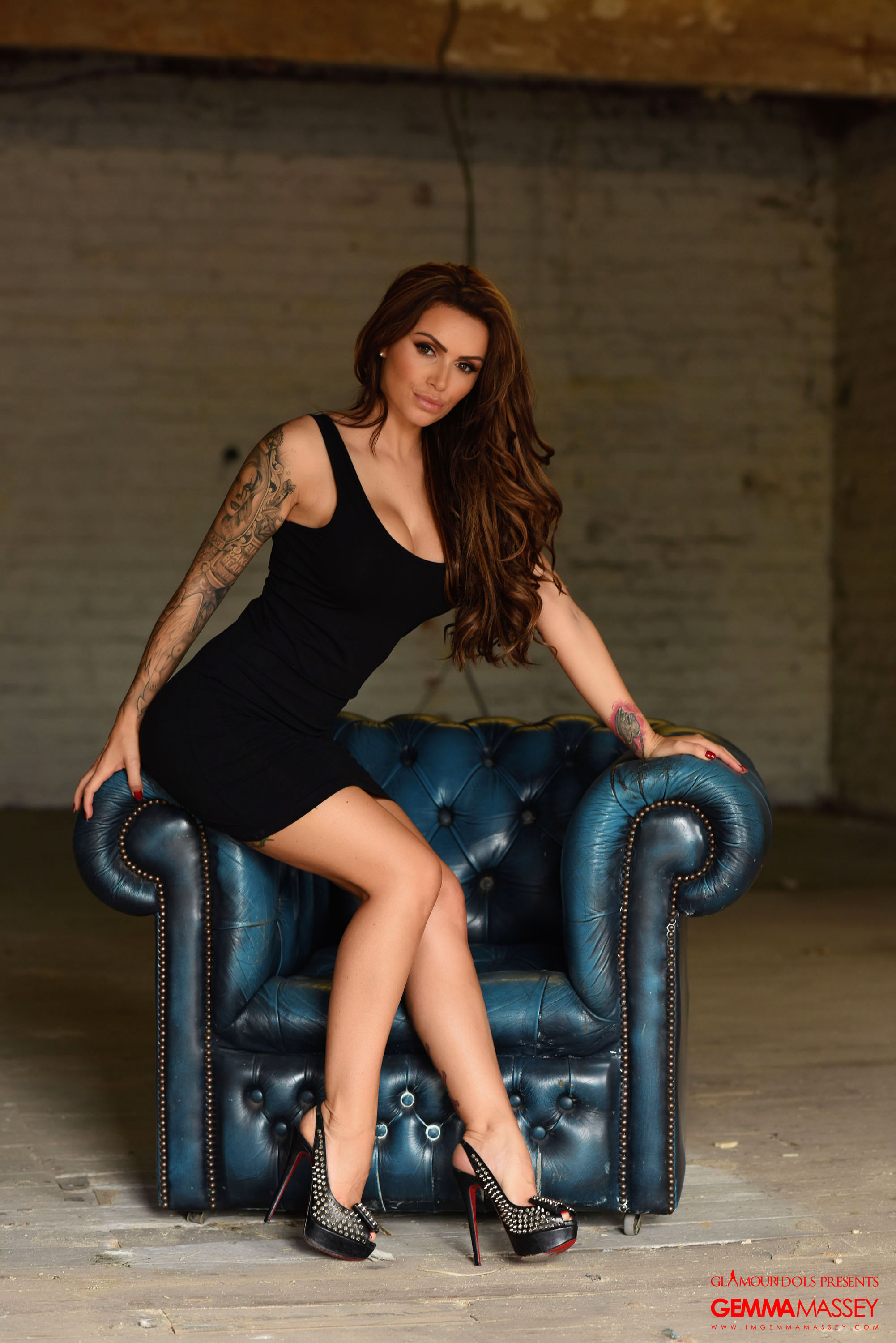TIGHT BLACK DRESS IS WHAT GEMMA MASSEY IS SHOWCASING HER HOT ...